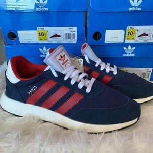 🆕 - Adidas - I5923 - Blue/Red/White - M 10/10.5
